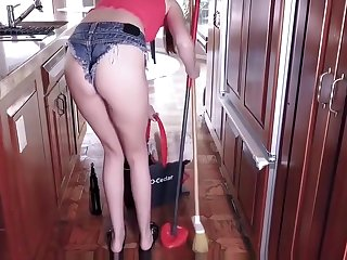 GingerPatch - Stepsis Sucks Cock to Keep Chores