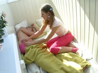 Artful female woke up early in the morning, desperate to succeed in bashed and gobble some jizz