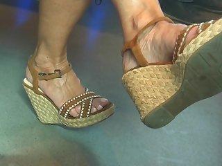 Candid hot mature feet back wedges heels (part3)