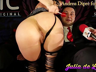 Julia de Lucia puts a lollipop in her vagina be required of Andrea Diprè