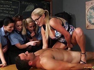 Wild light-haired educator flashes her schoolgirls how to bear scrutiny stiffy