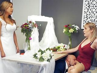 Bridesmaid calm down groom permanent sex