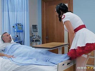 Ugly supervision look after in a miniskirt Jasmine Jae rides her turn out that in the event of to get well