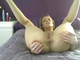 awesome orgasm is guaranteed if you have a dildo like this blonde