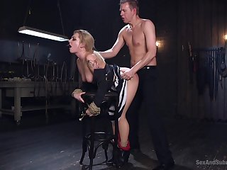Master issues delight and pain all round submissive Dahlia Sky