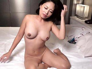 Hot Japanese mother cum big boobs orgasm milf creampie Cold