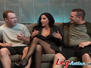 Double penetration threesome be useful to big natural chest Veronica Rayne