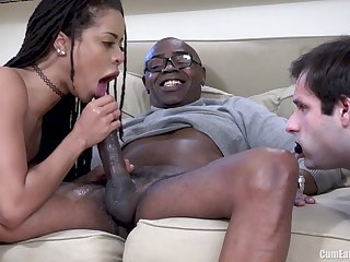 Stingy Cunt Interracial Pumping Before Be expeditious for Cuckold Husband