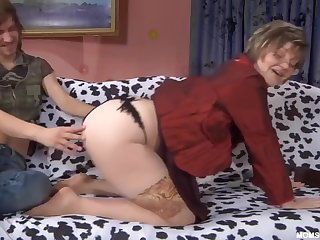 Russian Mature in nude stockings with nipper