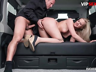 Cleaning woman chafes milf client's pussy w hard cock