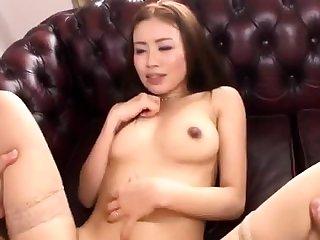 Asian hottie with nice big boobs