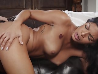 Ebony MILF Monica Mattos gets dicked in amateur interracial hardcore - black tits, black ass