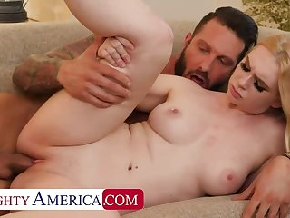 Mischievous distressing AMERICA Busty Babe wants Afterparty XXX