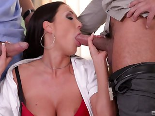 MILF handles two heavy naming dicks like the ultimate porn queen