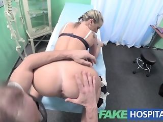 Medic gobbles cock-squeezing ash-blonde vag before jizzing into it porntube