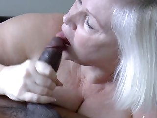 Hardcore blowjob and sexual intercourse of mature cookie and black guy